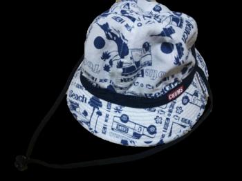 帽子チャムス背景なし.png